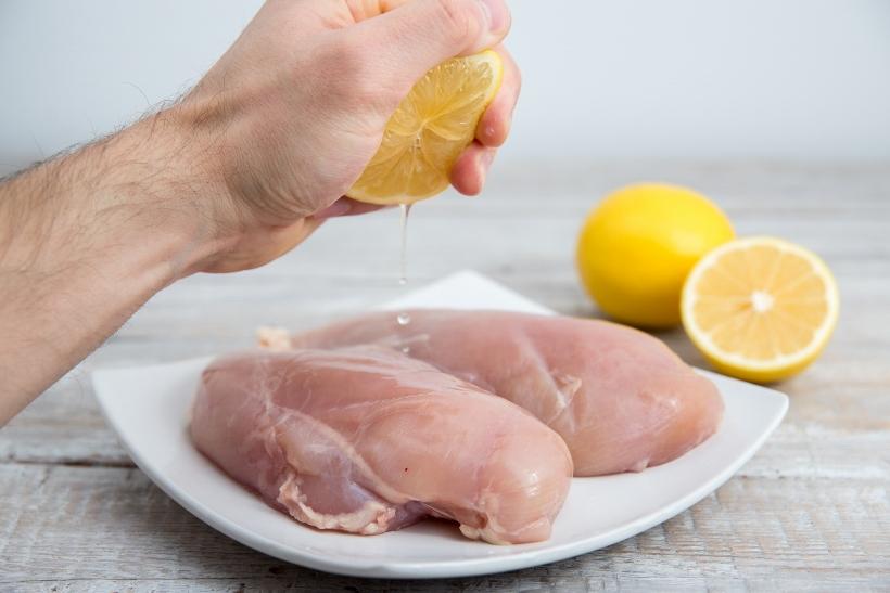 Limunovim sokom do savršeno belog i sočnog mesa