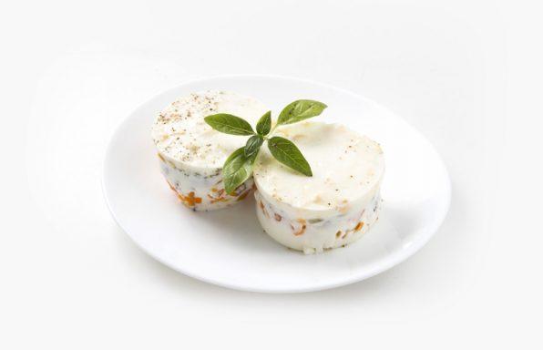 Bele pihtije na belom tanjiru
