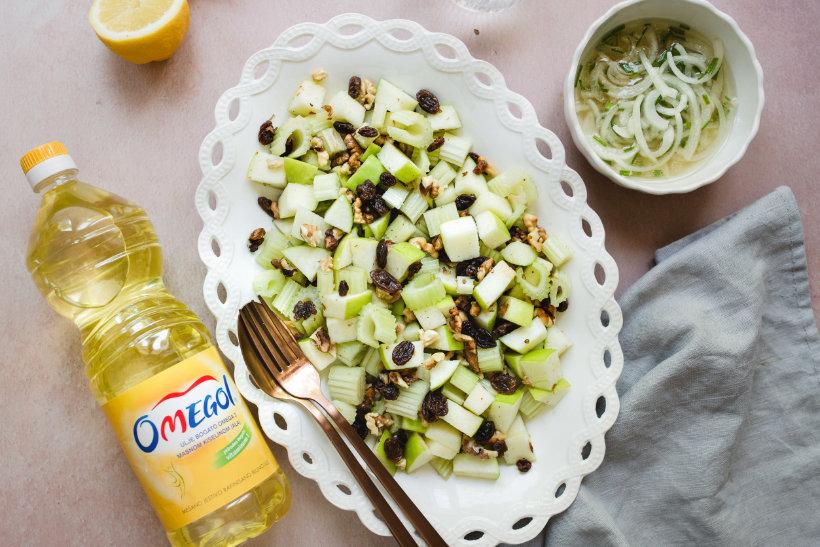Salata sa celerom, orasima, suvim grožđem i jabukama